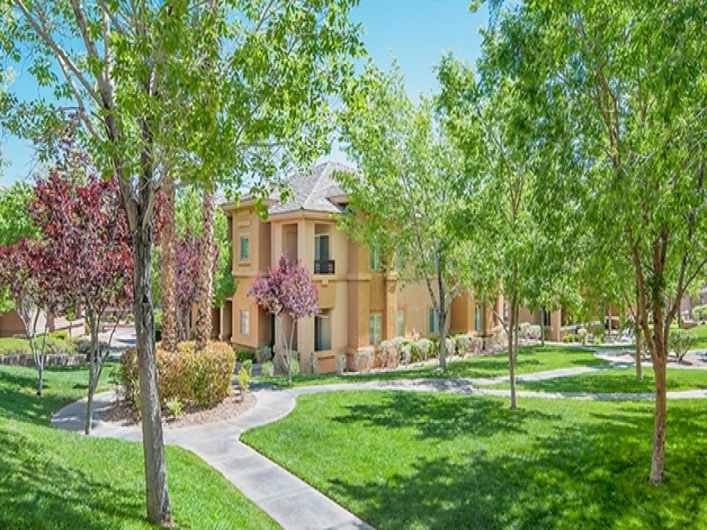 Canyon Villas Apartments photo #1