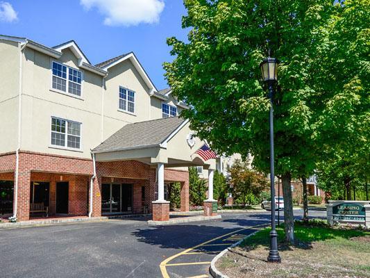 Horizons at Franklin Lakes Apartments photo #1
