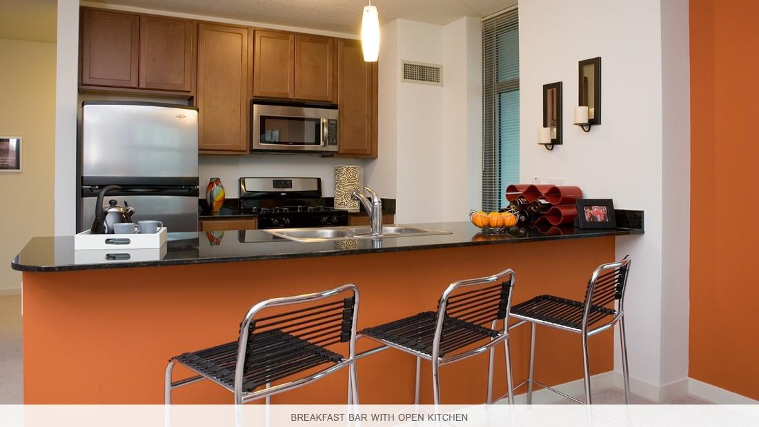 550 W Kinzie St Apartments photo #1