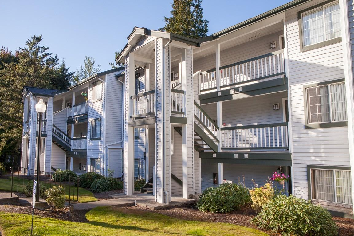 Sammamish View Apartments photo #1