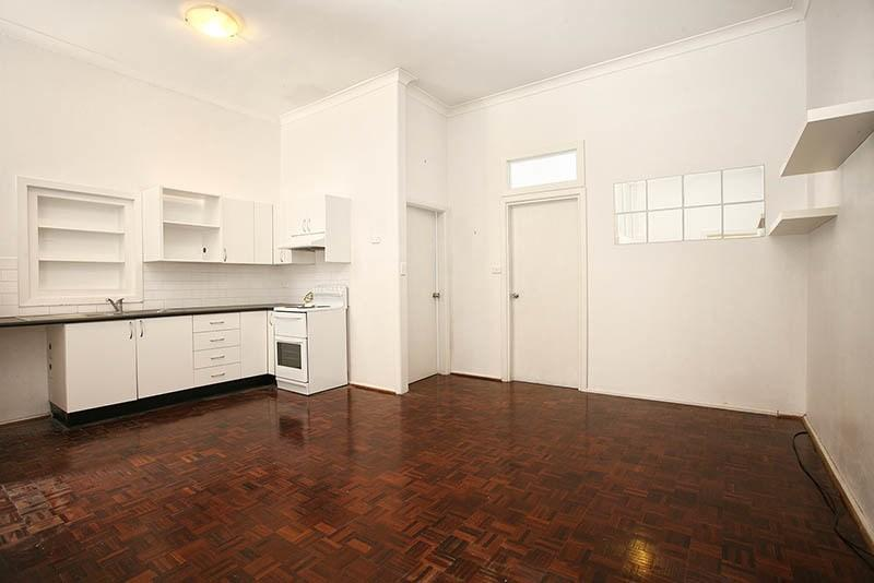 407 Glebe Point Road photo #1
