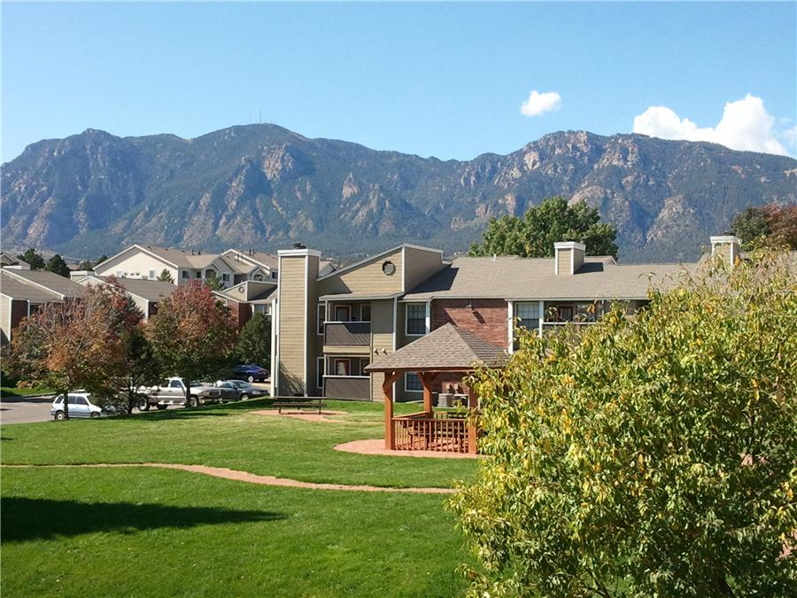 Mountain View Apartment Homes Apartments Colorado Springs