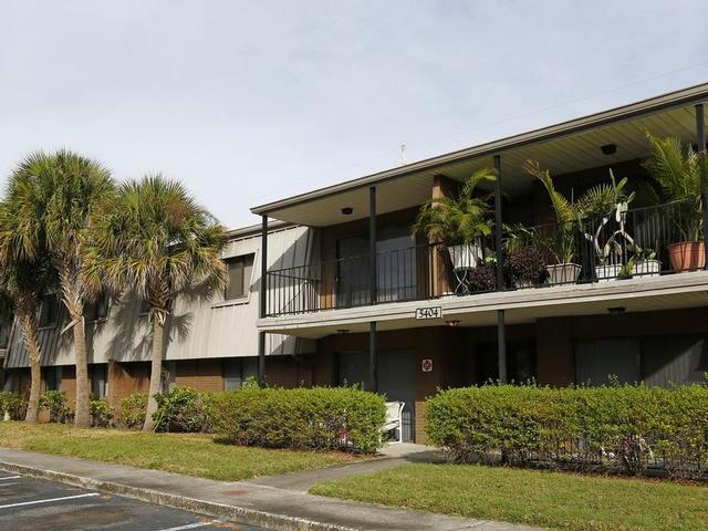 Sweetwater Cove Apartment Homes Apartments photo #1