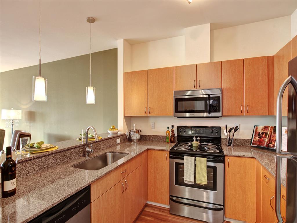 Westwater apartment apartments kirkland wa walk score for 88 kirkland salon