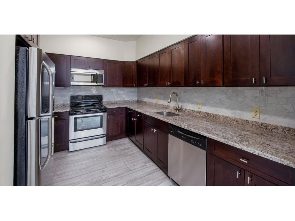 Skyline Tower - Ask about our specials! Apartments photo #1