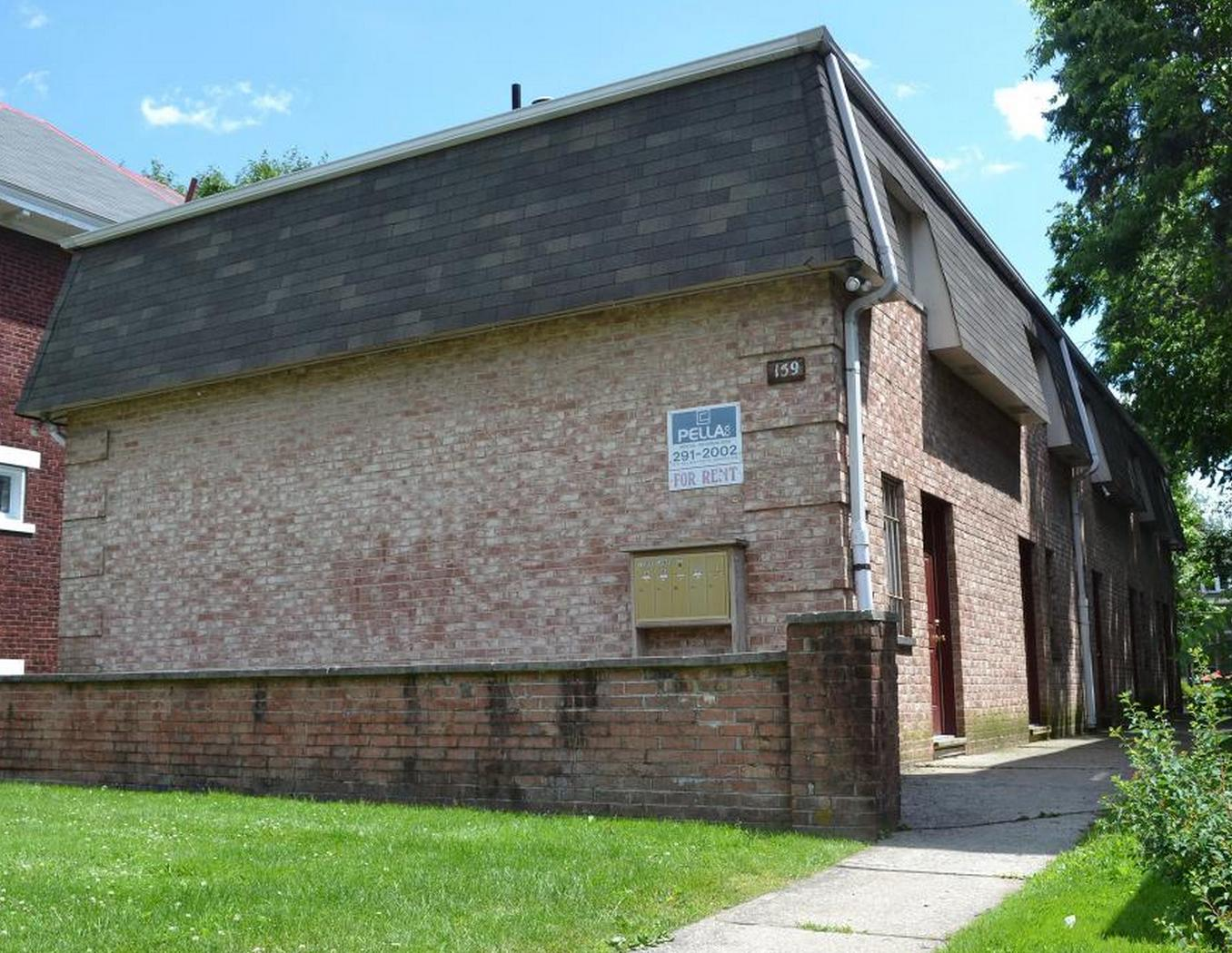 159 E Lane Ave photo #1