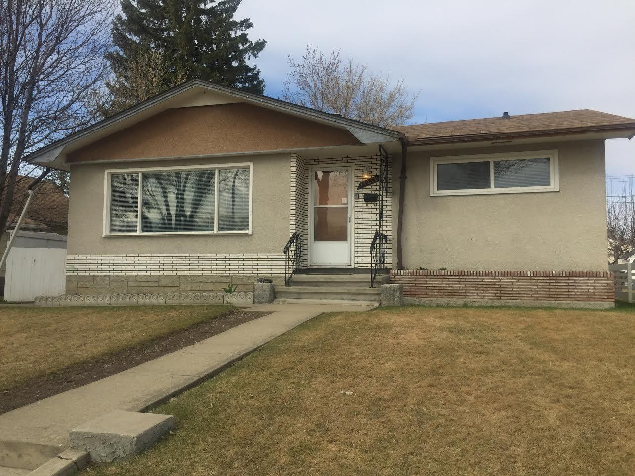 Why Wait! Move in to this 3 Bedroom House Today - Pet Friendly photo #1
