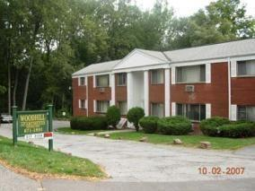 138-154 Woodhill Drive Apartments photo #1