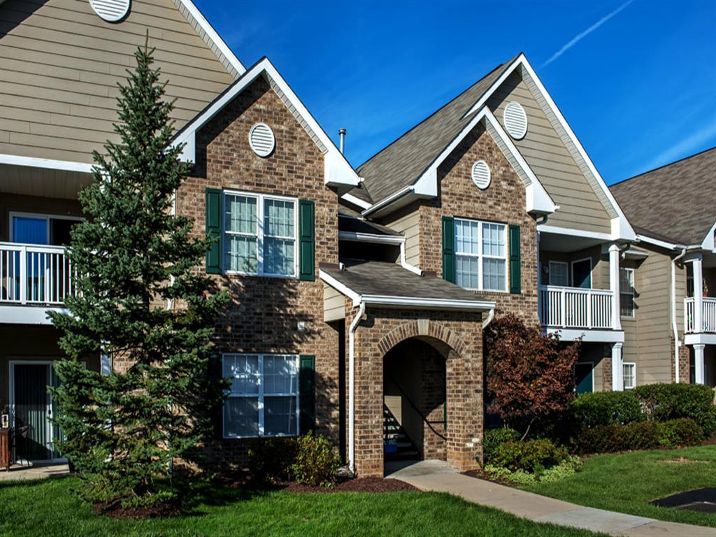 Waterford Nevillewood Apartments photo #1