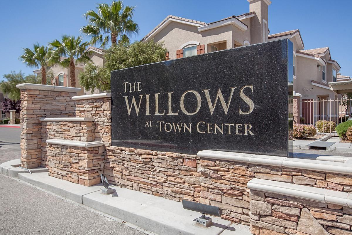 The Willows At Town Center Apartments Las Vegas Nv Walk