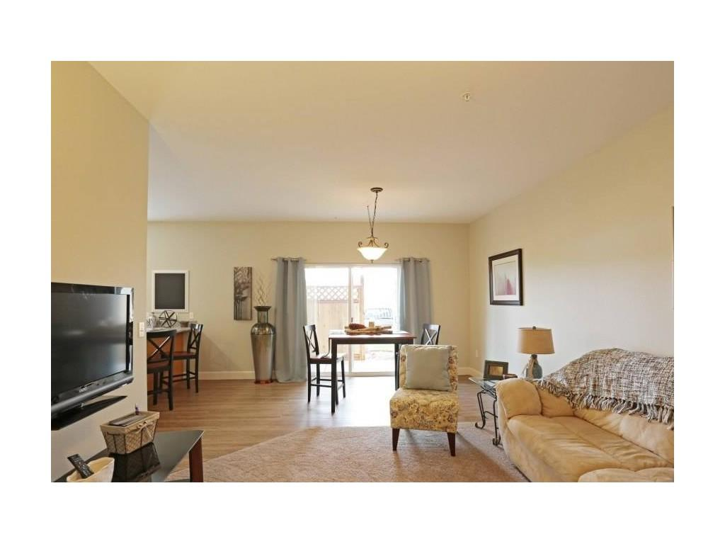 18181 Webster Rd 503-305-6056 Apartments photo #1