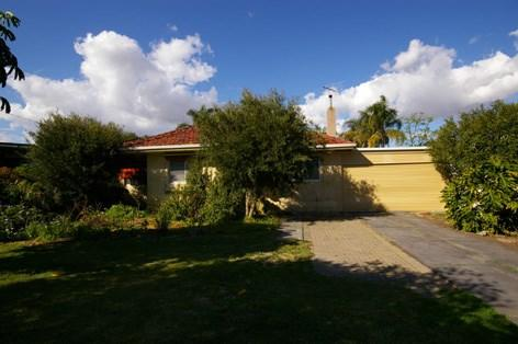 97 Culloton Crescent photo #1