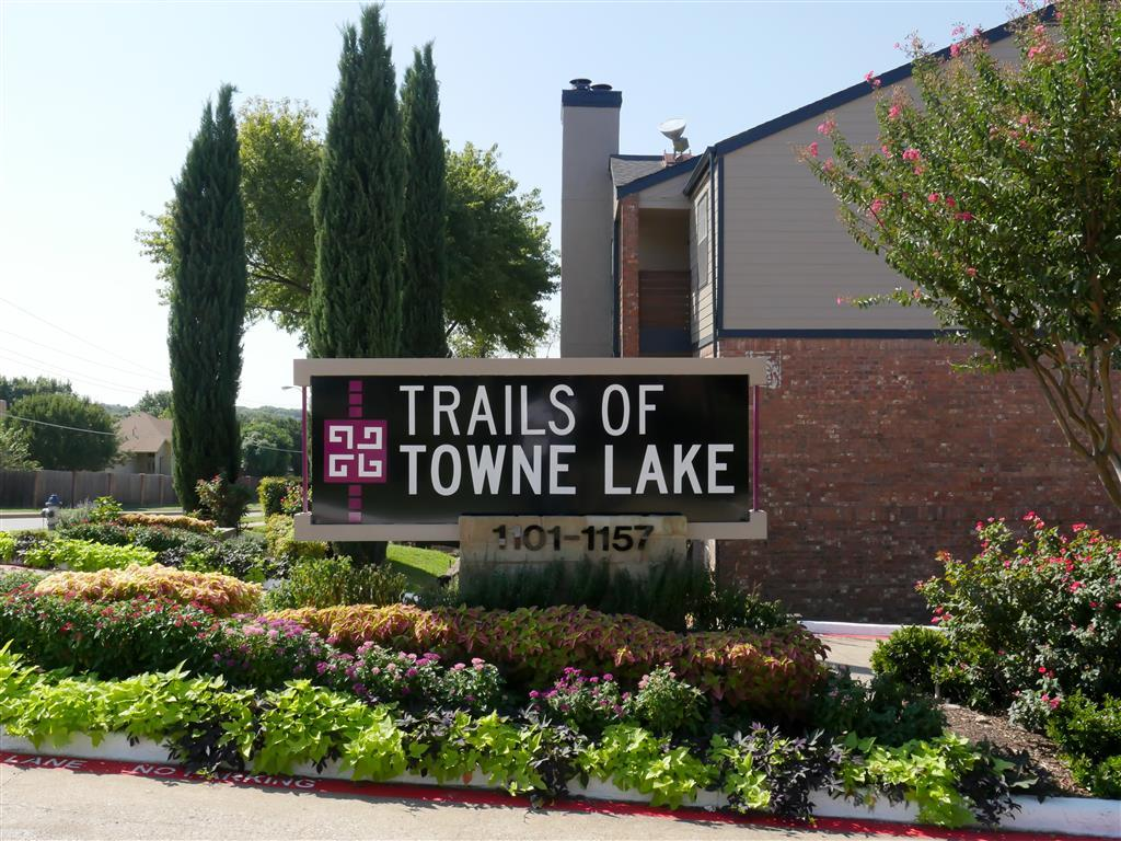 Trails of Towne Lake Apartments photo #1