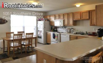 $485 / One BR - SUBLEASER needed ASAP! in Woodlands! 3 other girls (The woodland photo #1