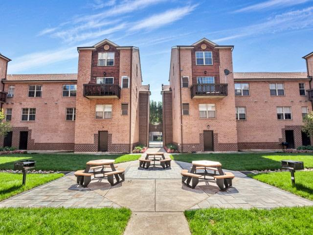 Mulberry Station Apartments photo #1