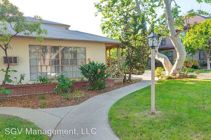 1401 N Los Robles Ave # 15 photo #1