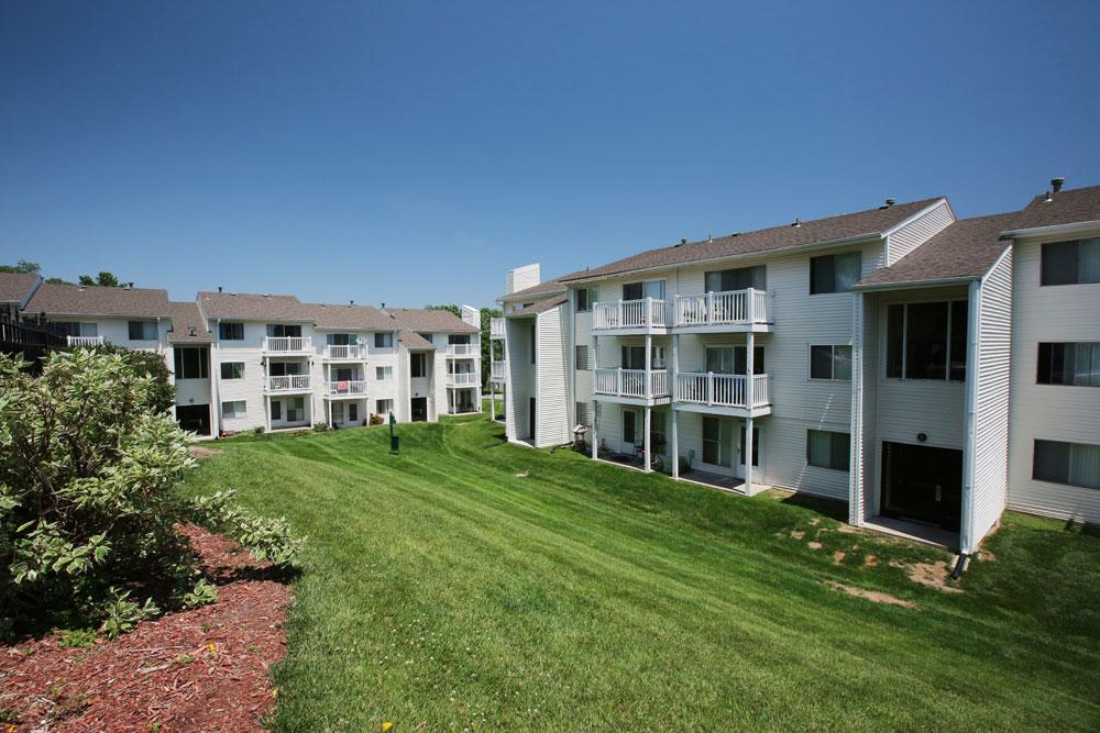 Georgetowne apartments omaha ne walk score for Cheap one bedroom apartments in omaha ne