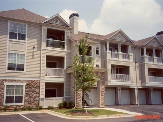 IMT Stoneleigh At Deerfield Apartments Photo #1
