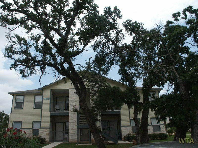 Hwy 183 and Cypress Creek Road Apartments photo #1