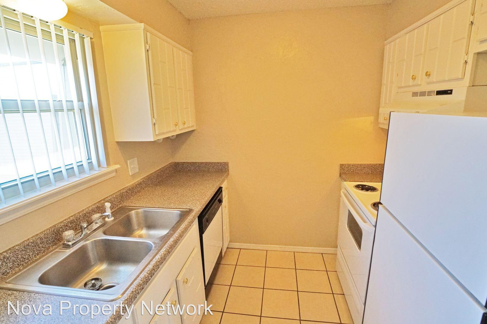 3225 NW 50th St. Apartments photo #1