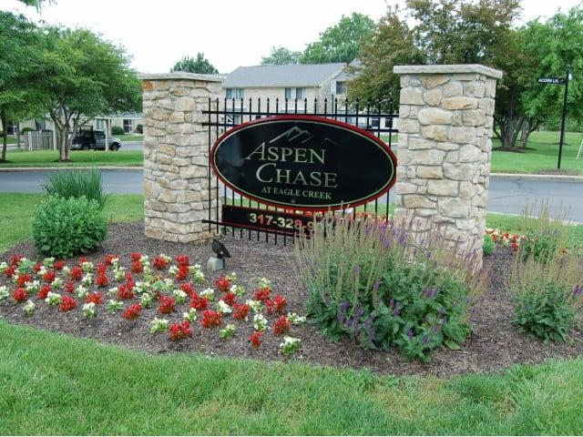 Aspen Chase at Eagle Creek Apartments photo #1