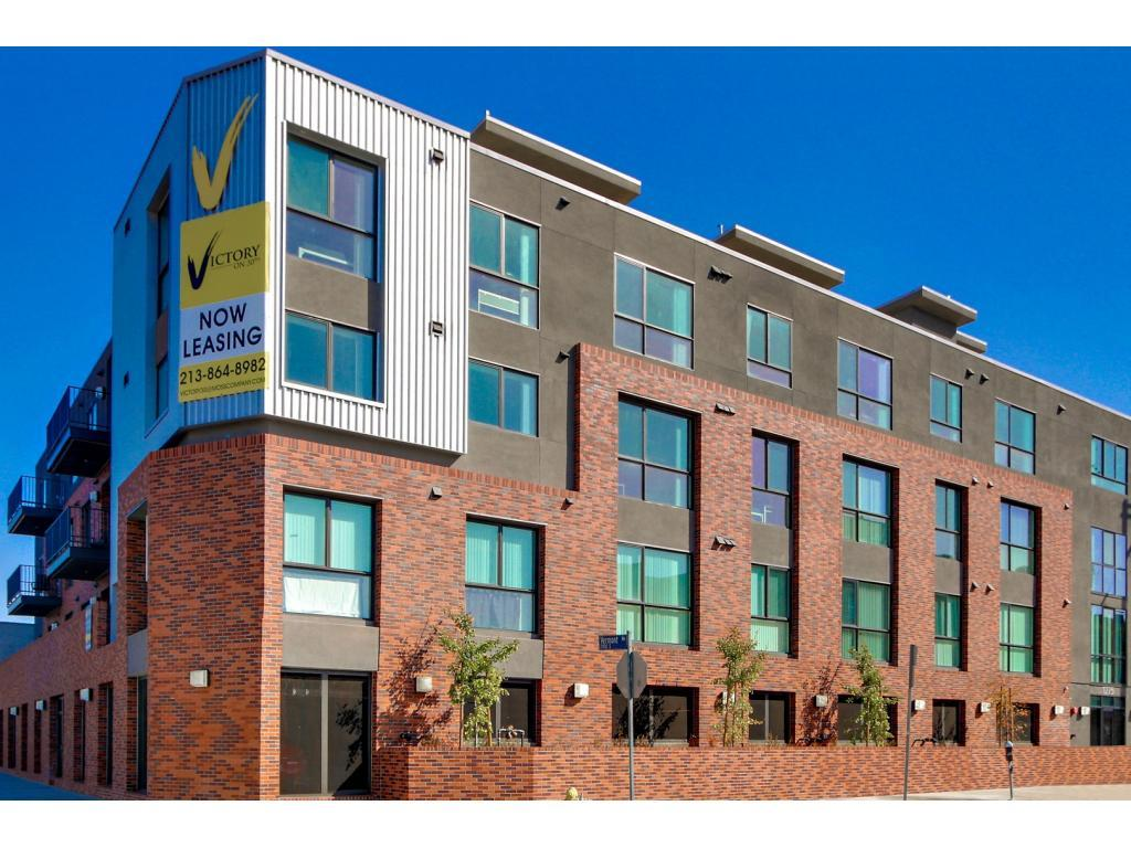 Victory on 30th Apartments photo #1