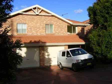 62 Stanleigh Crescent photo #1