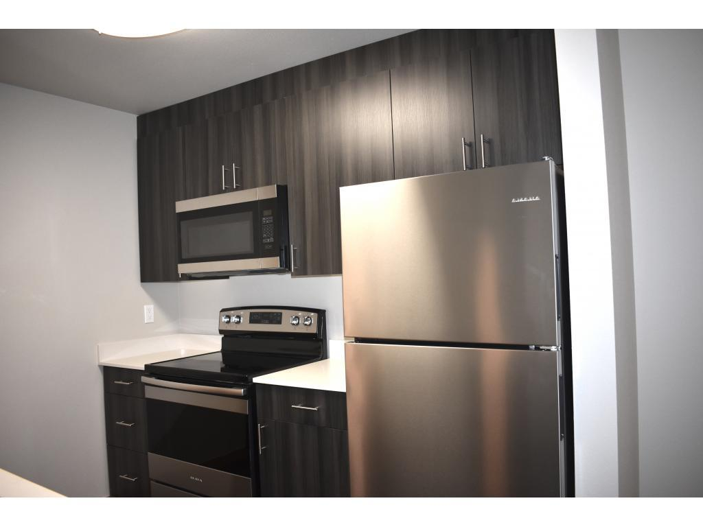Insignia Apartment-Brand New Luxury Apartments photo #1