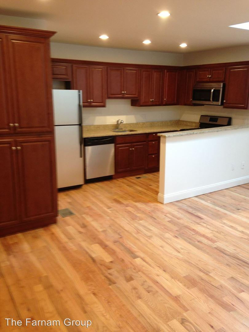555 Winchester Ave Apartments photo #1