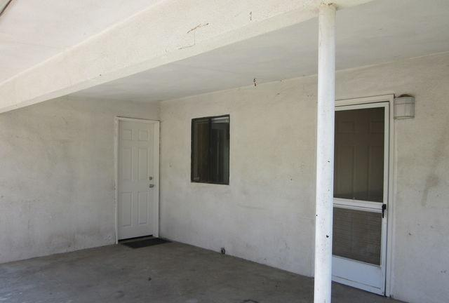 House for rent in Bakersfield. Washer/Dryer Hookups! - fireplace, living room and family room, large kitchen, covered patio, gardener includedcomCats allowed, Small dogs allowed