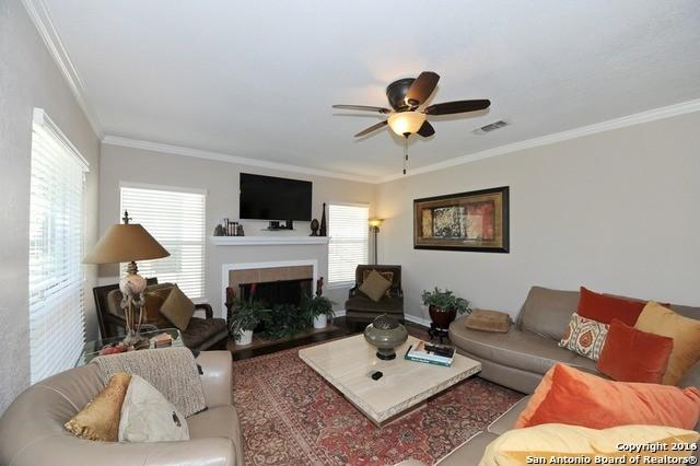 House \ 1,646 sq. ft. \ Three BR - come and see this one.
