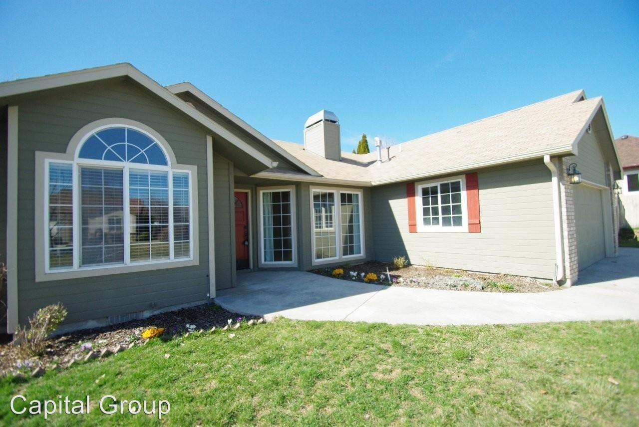 1557 N Eagle Creek Way photo #1
