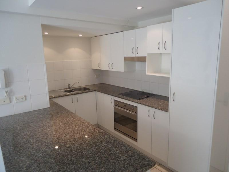 51 PITTWATER Road photo #1