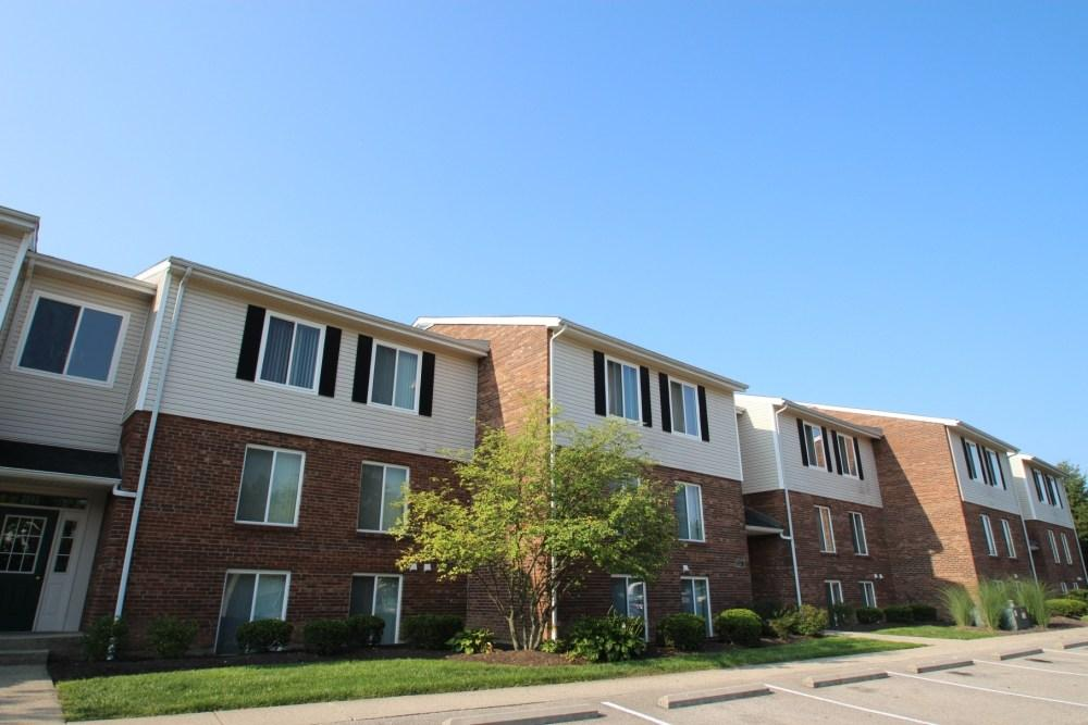 Deer Hill Apartments photo #1