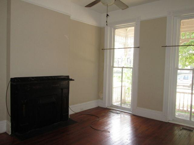 Spacious 4 BR Home. Prime Location In T...