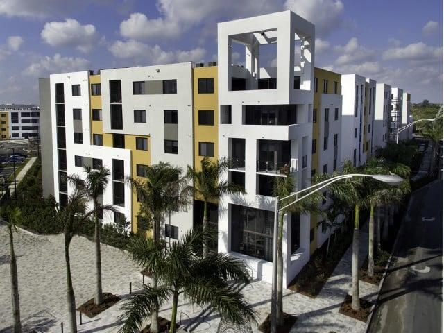 8800 Doral Apartments photo #1