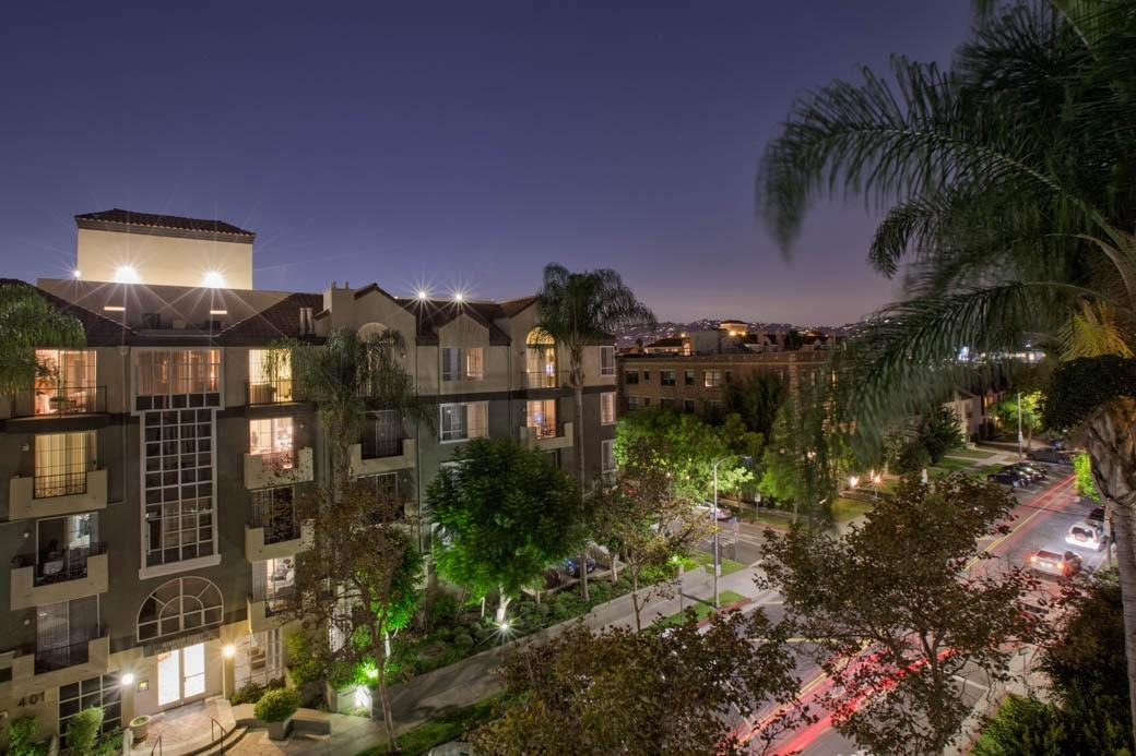 Essex Properties at Miracle Mile Apartments photo #1