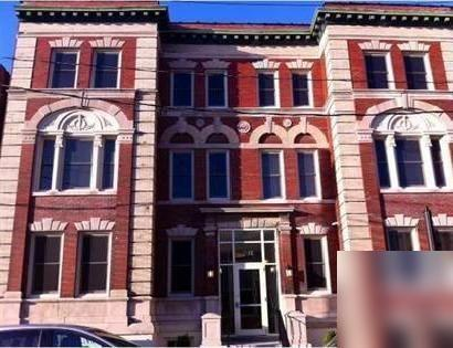 Charmingly restored 8-unit building in Downtown Buffalo. Parking Available!