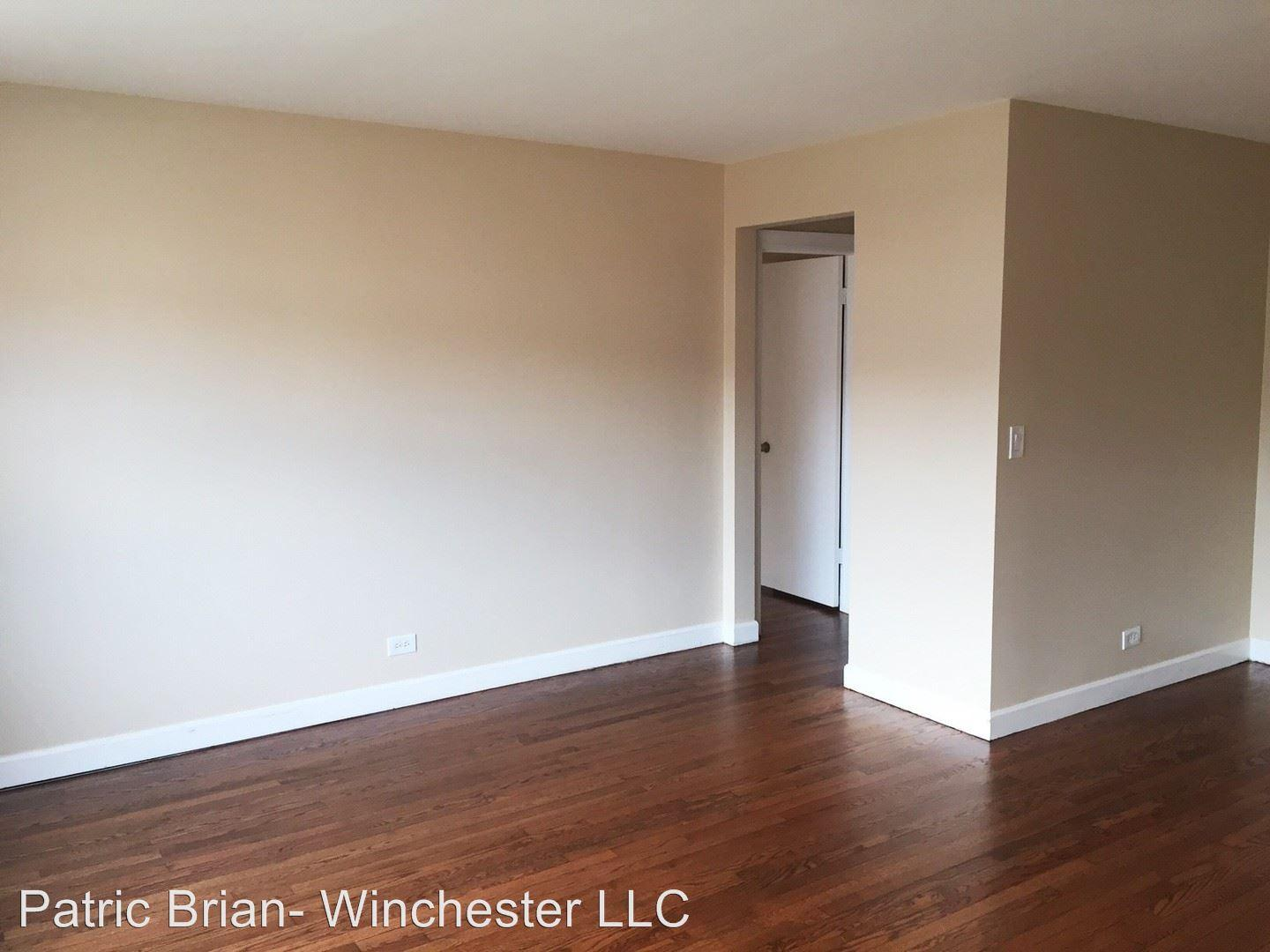 7431 N. Winchester 204 photo #1