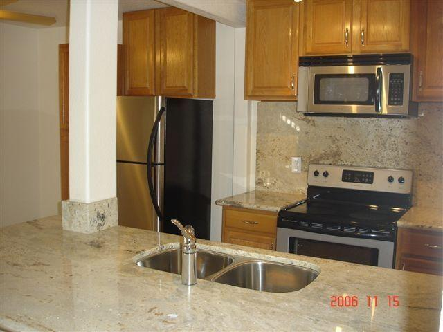 San Diego - Spacious Bedrooms One BA Apartment. Offstreet parking! photo #1