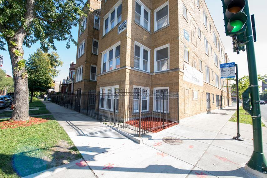1357 N Homan Ave Apartments photo #1