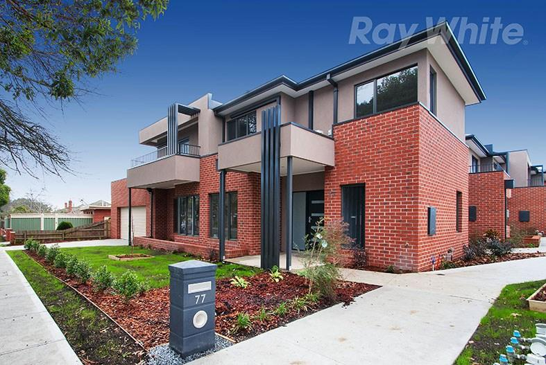 77 Doncaster Road East photo #1