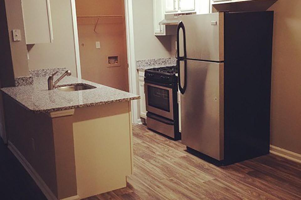 The Emerson 1600 Apartments photo #1
