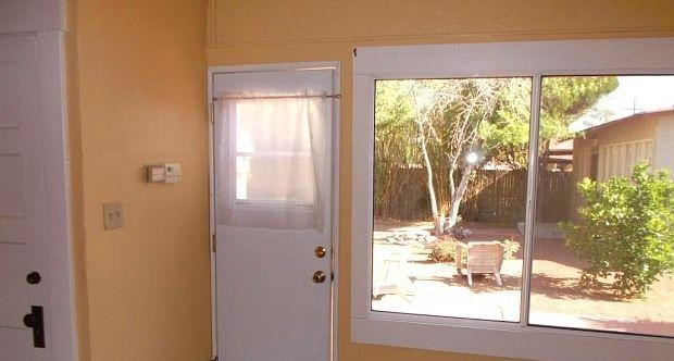 $850 / Two BR - Great Deal. MUST SEE!