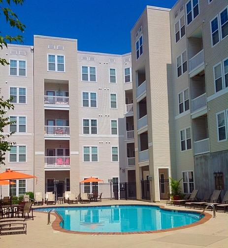 Town Center Apartments: The Quarters At Towson Town Center Apartments, Towson MD