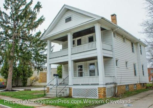 1302 Idlewood Avenue photo #1