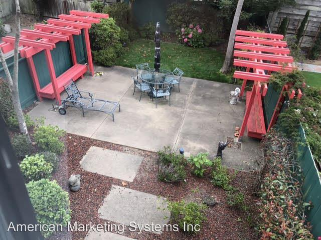 256 15th ave photo #1