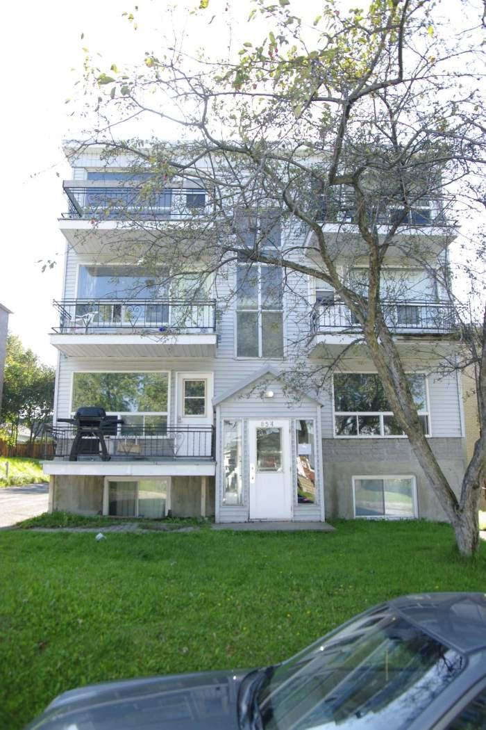 854 Rue Isidore Garon photo #1