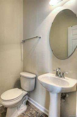 Awesome Townhome In Boulder Parke! Available Im...
