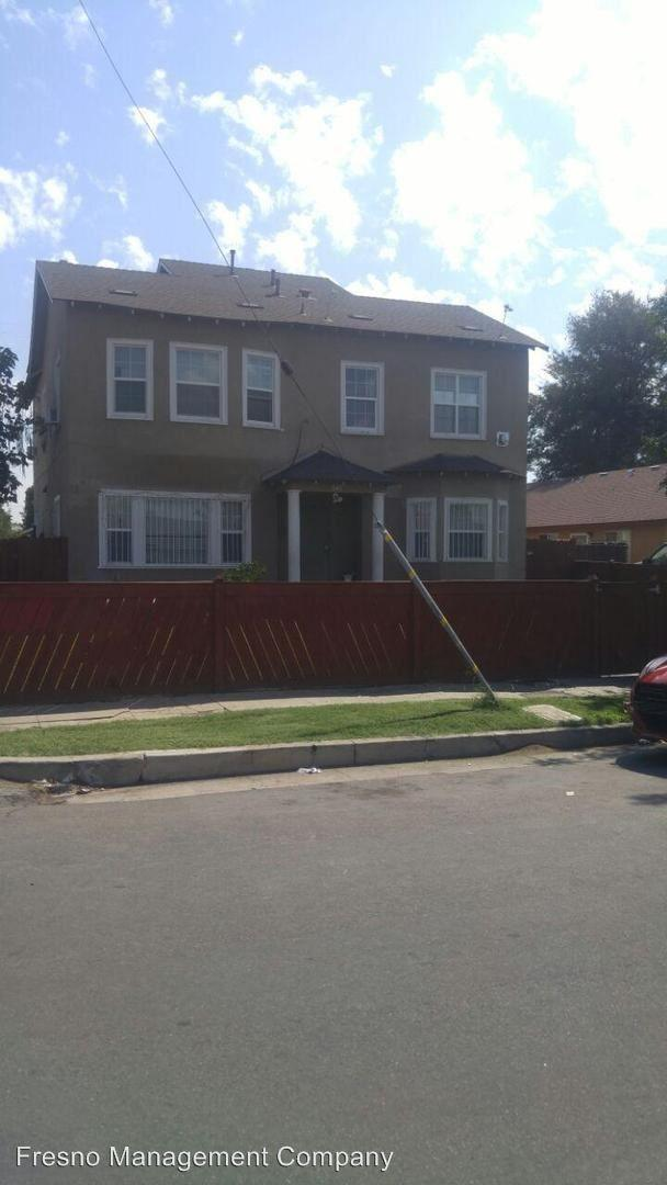 642 N Thorne Ave photo #1
